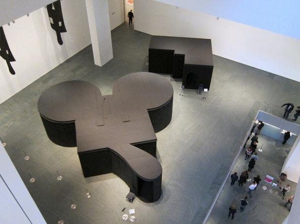 Claes Oldenburg, Mouse Museum